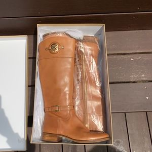 Michael Kor's Stockard Boot Luggage Color (Size 9M